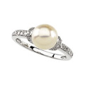 14K White Gold Ring with Freshwater Cultured Pearl and Diamond Accents